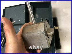 MACHINIST LATHE MILL Brown & Sharpe Magnetic Base Indicator Holder Set OfCe