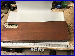 MACHINIST LATHE MILL Machinist Brown & Sharpe 19 Height Gage in Wood Case BsmT