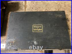 MACHINIST LATHE Mill Moore & Wright Electronic Micrometer Gage Micro 2000 OfCe